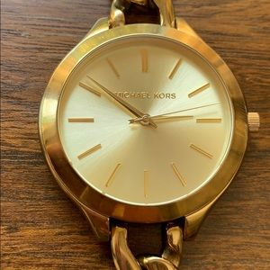 Michael Kors Gold toned Watch- Mk 3222